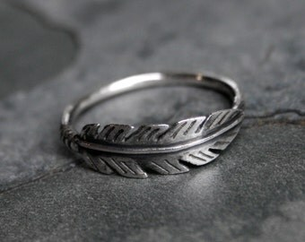 Feather Ring Sterling Silver Jewelry Solitare or Stacking Stackable Etched Oxidized Southwest Woodland Wing Bird Botanical Curiosity