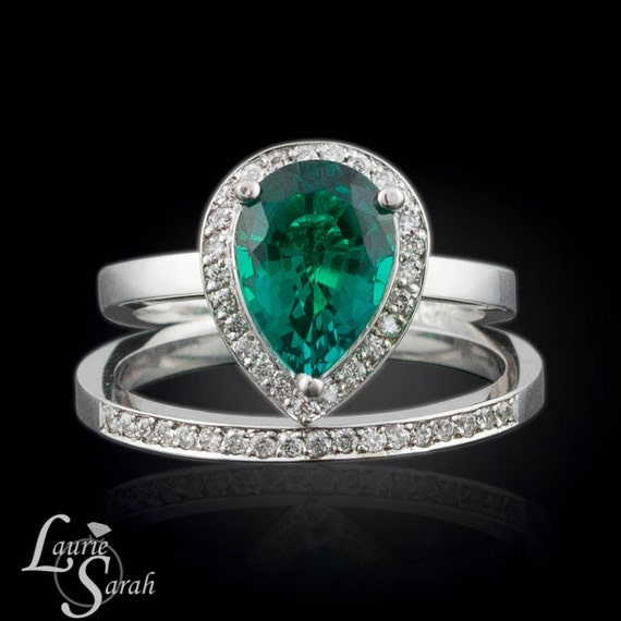 emerald engagement ring chatham emerald by lauriesarahdesigns