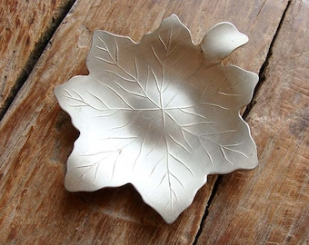 Small Vintage Leaf Shaped Gullsmed Tinn Dish
