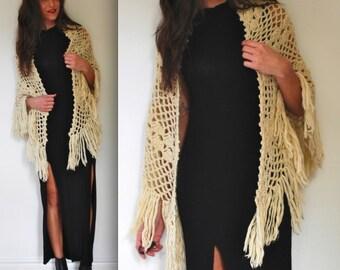 Vintage 60s 70s Ivory Crochet Triangle Fringe Shawl