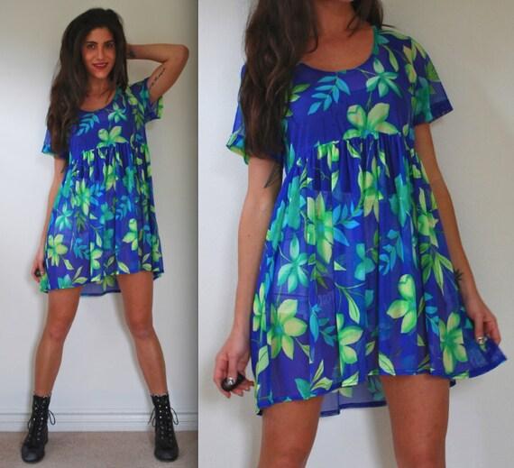 SALE SECTION / 50% off Vintage 80s 90s Floral Mesh Babydoll Dress