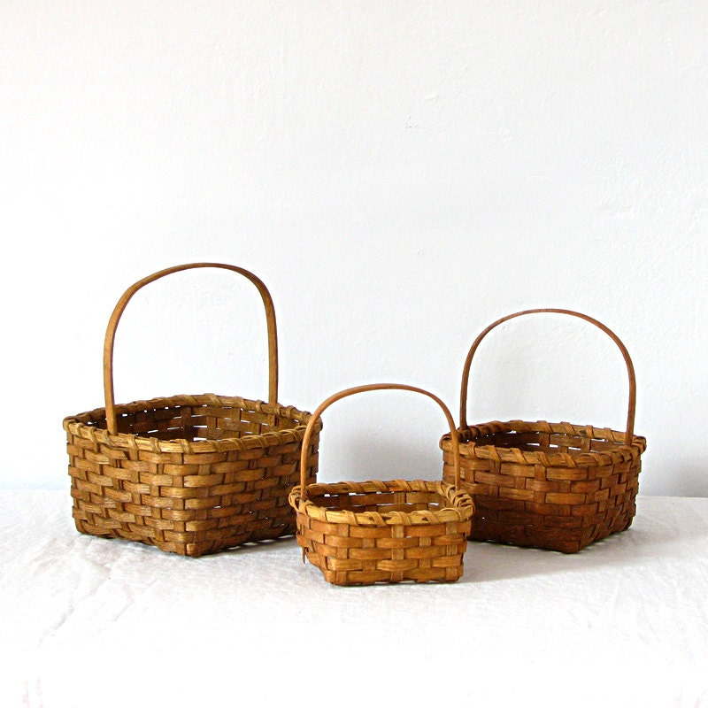Woven Gathering Basket : Vintage woven nesting gathering handle baskets set of
