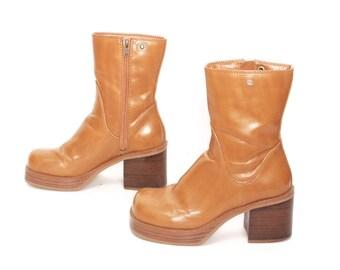 size 6 SKECHERS tan vegan leather 80s 90s PLATFORM GRUNGE zip up ankle boots