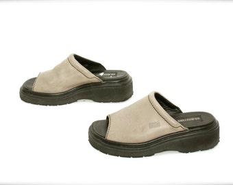 size 7 DOC MARTENS olive tan leather 80s 90s PLATFORM slides clogs sandals