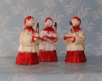 1950s Plastic Red and White Christmas Choir Boy Xmas Glitter Figures