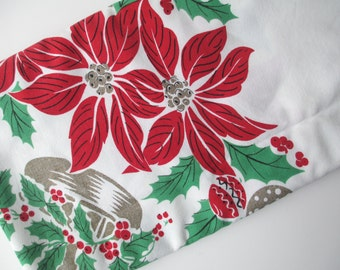 Vintage Christmas Poinsettia Tablecloth - Retro