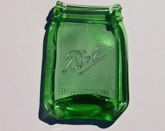 Green Ball Mason Jar Spoon Rest - Quart Size Canning Jar - Butter Dish - Soap Dish