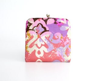 Vintage 1960s Mirror Compact | Large Floral Print Clutch | Kiss Clasp Frame Mirror