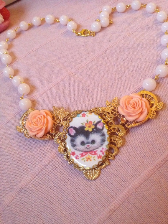 Vintage Retro Kitty Cat Rose Art Deco Gold Tone Pale Pink Bead Chain Necklace