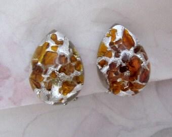 Vintage amber foil inclusion glass teardrop cabochon clip on earrings - j5715