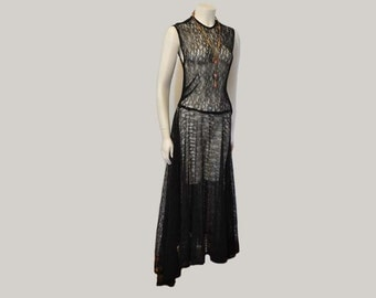 1930's dress / Vintage Dress / 30's Black Lace Full Sweep