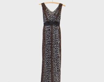 1960s lingerie / vintage 60s pinup lingerie / Vanity Fair / small / Leopard Print Nightgown