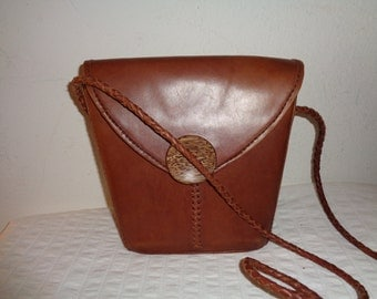Saddle leather camera bag cross body box bag   camera bag satchel vintage 80s N MINT