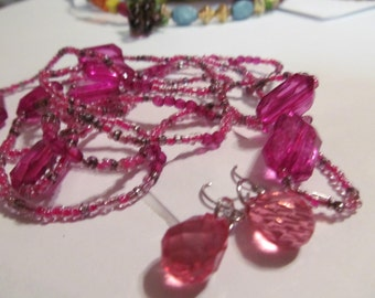 beaded necklace pinks