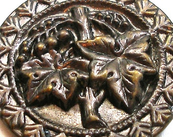 LG 1800s metal BUTTON, Victorian GrapeVine, 1.25""