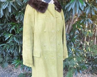 Vintage Suede Coat w/MINK Collar,  Unique Green Leather Suede Coat, Ladies Coat size 10