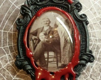 "Victorian ""Headless Photography"" Bloody Brooch/Pin"