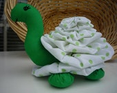 Yo Yo Turtle fabric quilt nursery decor stuffed toy garden reptile tortoise child friendly yoyo
