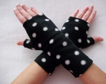 Kid's Fleece Fingerless Gloves / Black with White Polka Dots