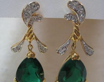 Green Teardrop Rhinestone Earrings Pierced Post Clear Gold Vintage Dangle