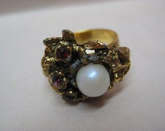 Shabby Amber Pearl Gold Ring Adjustable Rhinestone Vintage