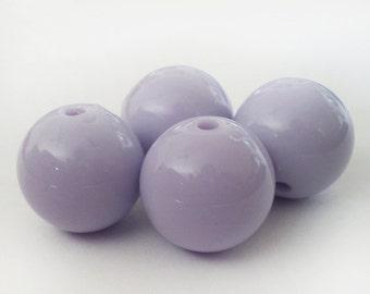 18mm Pastel Lilac acrylic round beads - 6pcs