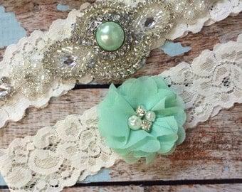 Mint Wedding garter / Lace garter SET / bridal  garter / vintage lace garter / toss garter / wedding garter/ mint green