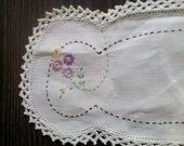 Vintage Hand Embroidered Open Work And Crocheted Edge Vanity Scarf Or Runner For Small Table
