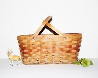 Vintage Basket 1940's Country Picking