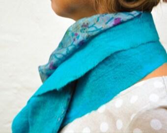 Handmade Felt Scarf , Turquoise Blue Wool Scarf , Felt on Silk