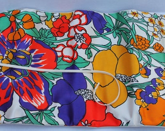 Vintage Jewelry Case Travel Pouch Celebrity 1960s Mod Colors Bright Floral