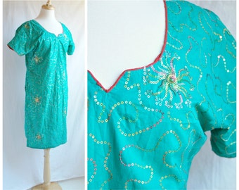 Indian Kameez with Starburst Pattern and Sequins