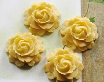 4 pcs - 15mm rose cabochons (CA804-C30)