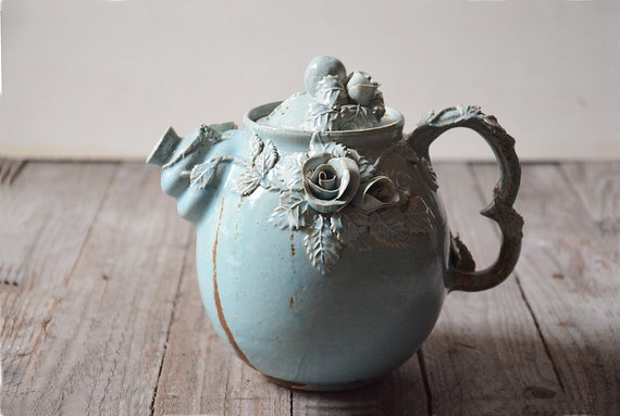 alice in wonderland teapot made to order stoneware teapot. Black Bedroom Furniture Sets. Home Design Ideas