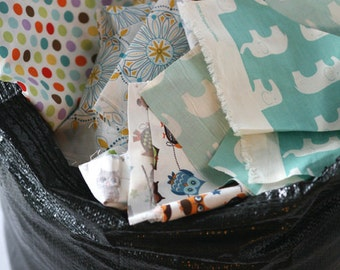 Fabric scraps a craft supply heaven // Per pound // FQ bundles // Charm Pack