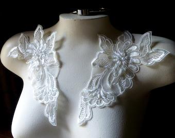 Applique Pair in Ivory Creme Lace for Bridal, Headbands, Costume Design PR 10
