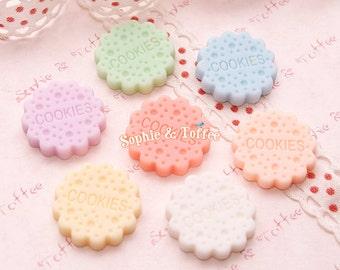 Pastel Dolly Cookies Resin Cabochon / Decoden Pieces / Kawaii Decoden - 7pcs