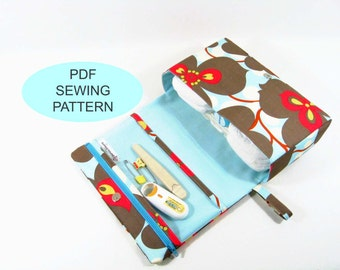 PDF sewing tutorial and pattern, make your own, instant download, diy sewing, diaper clutch, small diaper bag, clear zipper pouch, baby bag