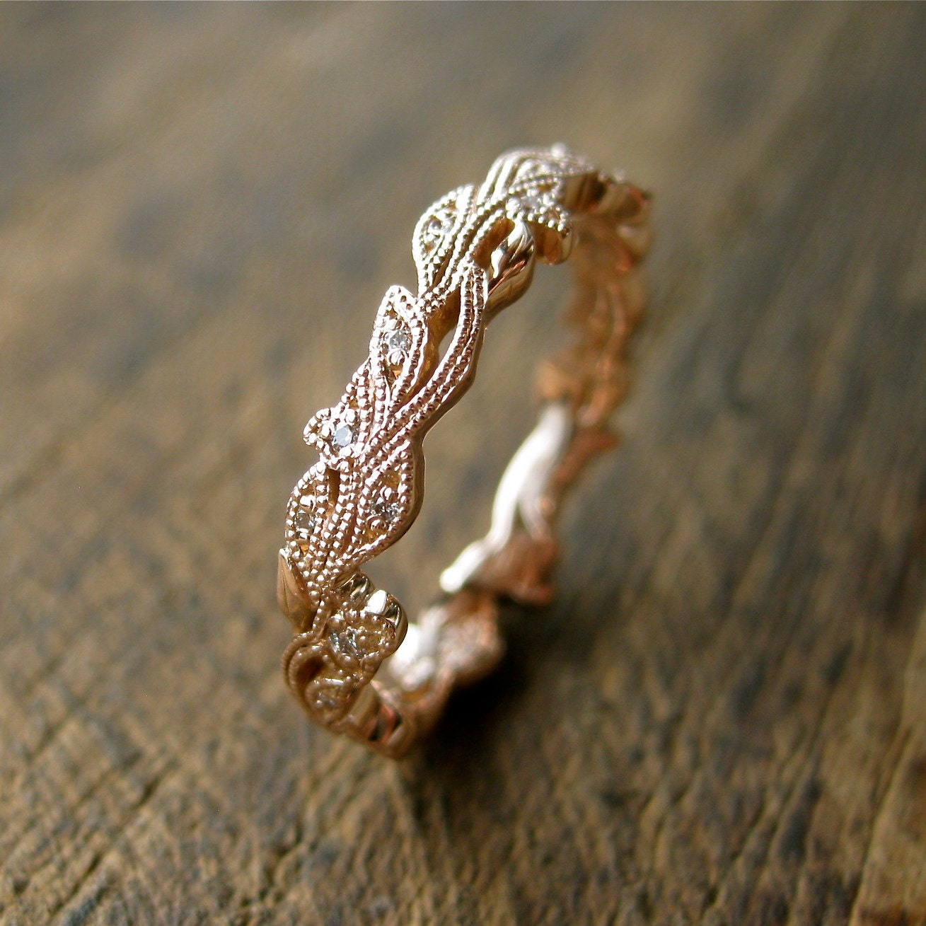 Diamond Wedding Ring in 14K Rose Gold with Diamonds in Flower