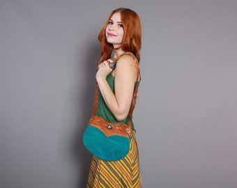 70s TURQUOISE Leather PURSE / 1970s Tooled Mountain Scene Hippie BAG