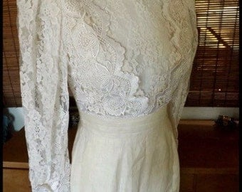 1980s does Victorian-Edwardian wedding white bridal revival bustle dress with lace and linen - Jessica McClintock