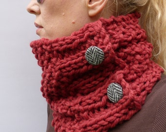 READY TO SHIP Womens Handknitted Cowl scarf, Marsala 100% merino wool