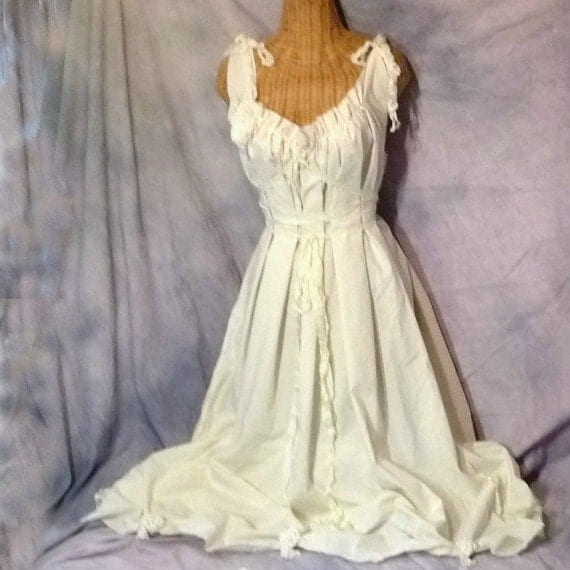 Corset Wedding Dresses Beach Offbeat Rustic Shabby Chic Dress Bride Cream Cotton Dress Unique Bridal Gown by Savoyfaire