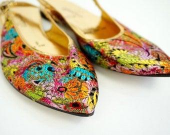 Vintage 1960s Womens Size 5 Slingback Genie Slip-pets Flats VGC / Lurex, Exotic Jewel Tone, Gypsy, Arabian Nights