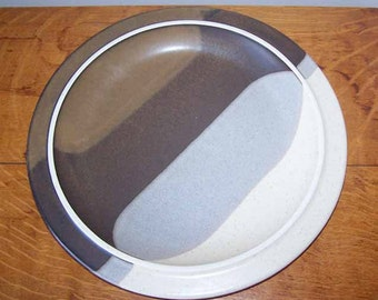 Fabrik of Seattle, Agate Pass, Large Plate Platter, 13 inch Chop Plate, Mid Century Modern,  Jim Mcbride, Eames Era, Round Platter, Vintage