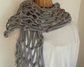 Gray tshirt yarn arm-knitted scarf