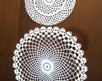 Doilies Vintage Doily Pair White 2 Lace Rounds Center Spiral Net & Picot Runner