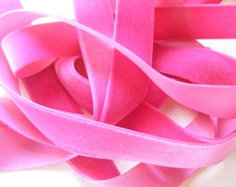 Antique 1930's German Cameo Velvet Ribbon 15/16 Inch Gorgeous Shocking Pink