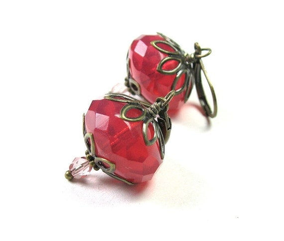 Pink Czech Glass Vintage Style Dangle Earrings, Strawberry Pink Earrings, Birthday Gifts for Mom Sister Aunt, Affordable Costume Jewelry