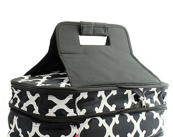 Personalized Black & White Quatrefoil Double Casserole Tote